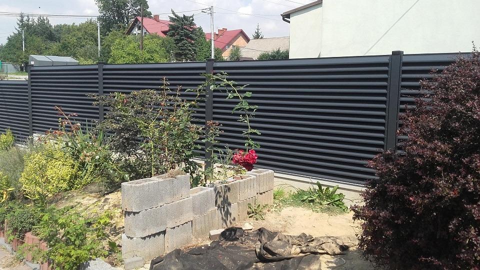 ogrodzenie palisadowe żaluzyjne BORDER