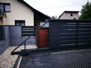 Płyty z betonu architektonicznego DECOBETON Ogrodzenie ALUgate 23